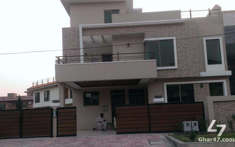 10 MARLA 6 Bedroom Brand New House In E-11/4 Islamabad