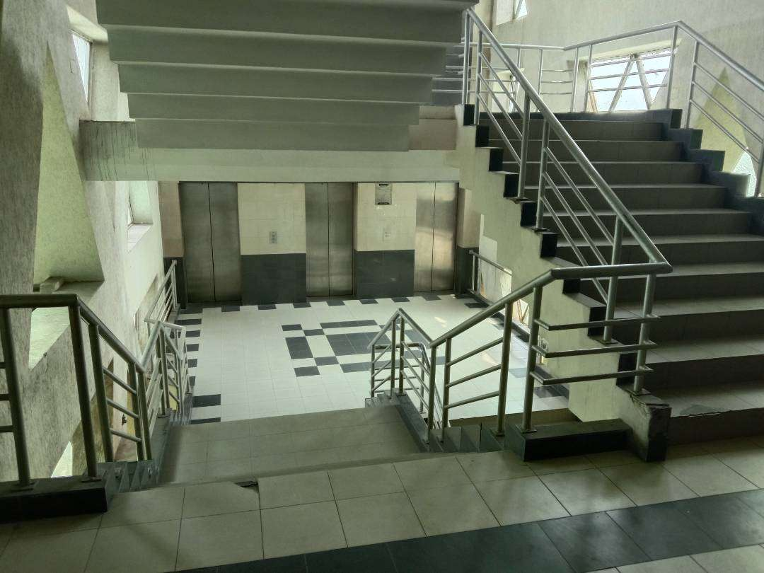 750 Sq Ft OFFICE FOR RENT IN MAIN BOULEVARD GULBERG 2 LAHORE