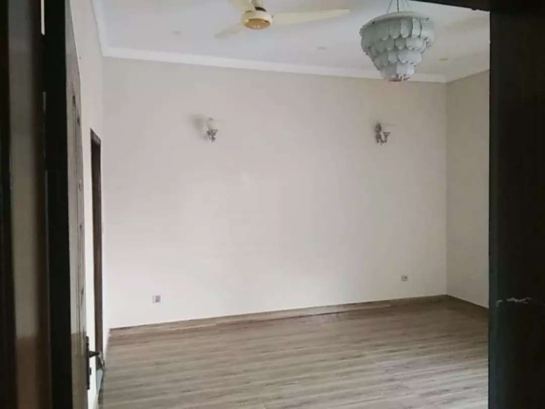 1 kanal House for Rent in Chinar Bagh Lahore