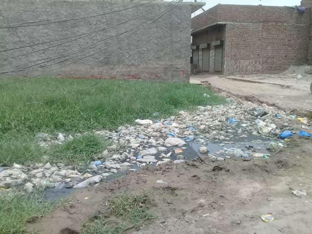 8 Marla Residential Plot for sale in kot Abdul Malik Lahore