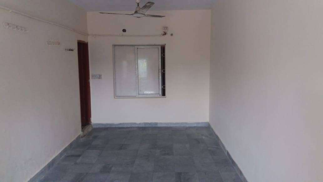 Large separate room with attached bath for Rent rent in Model Town Lahore