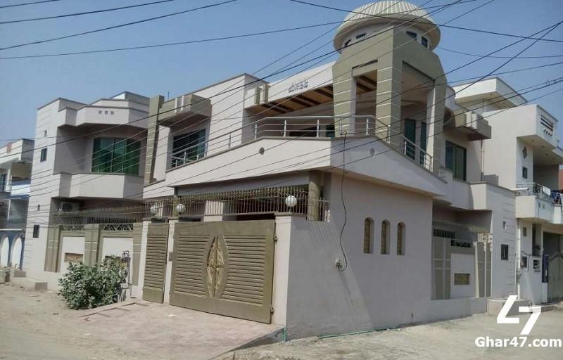 2720 SQ FT Brand New House In Khayaban-E-Sadiq Farooq Colony Sargodha
