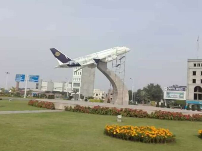 Bahria Orchard Lahore 8