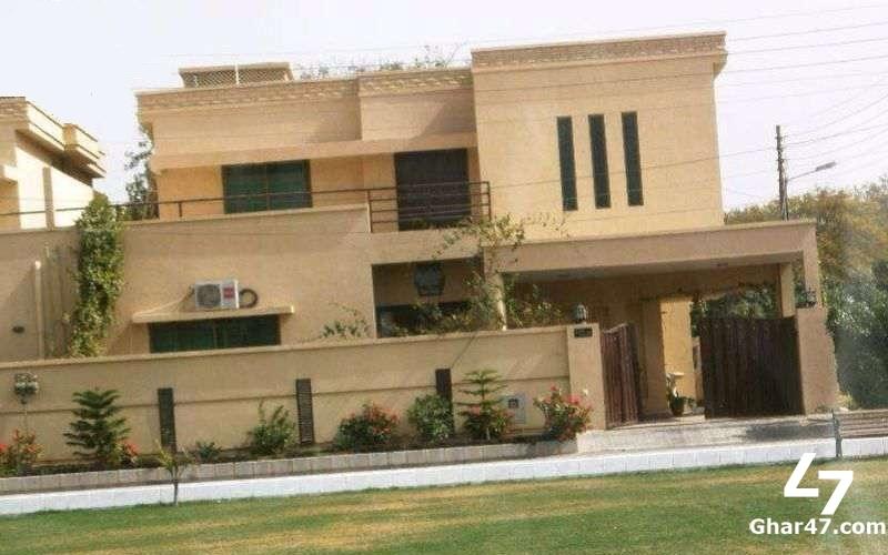 300 SQ YD BUNGALOW For Sale In Khayaban-E-Muhafiz DHA Phase 6 Karachi