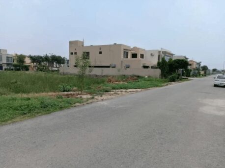 8 Marla Residential Plot For Sale DHA 9 Town A Block Lahore