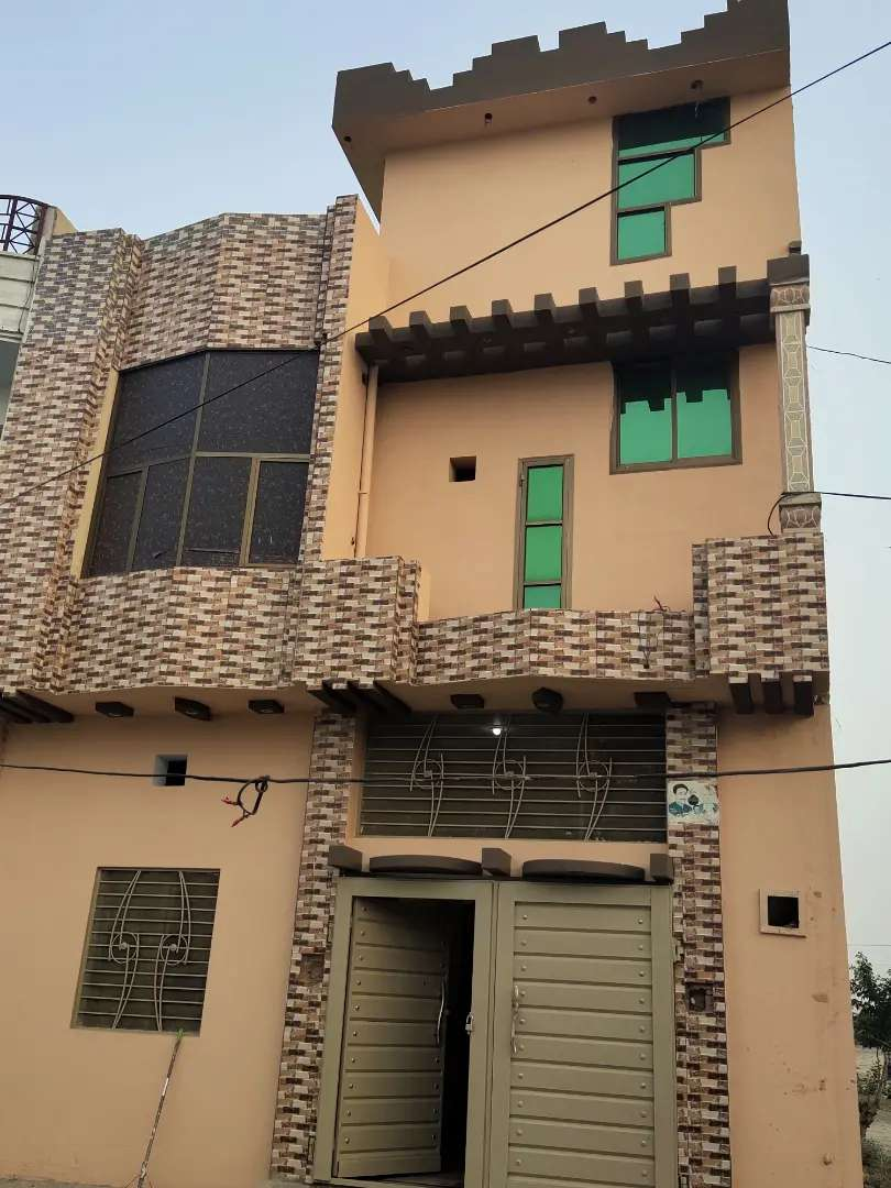 4 Beds – 4 Baths – 4 Marla House For Sale In Layyah