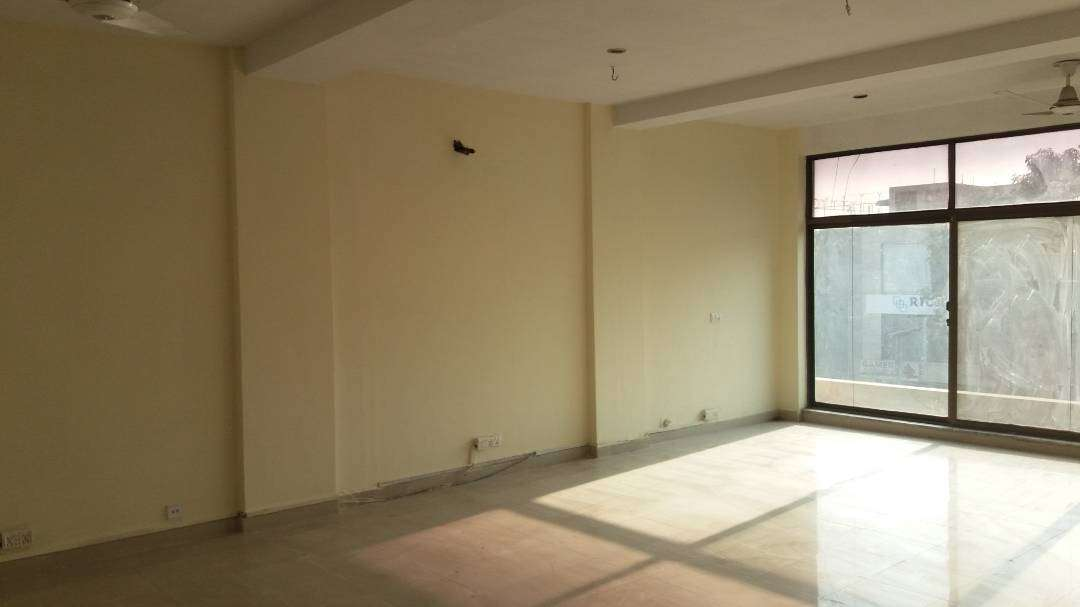 4 Marla 1st Floor Is Available For Rent in DHA Phase 4 Lahore