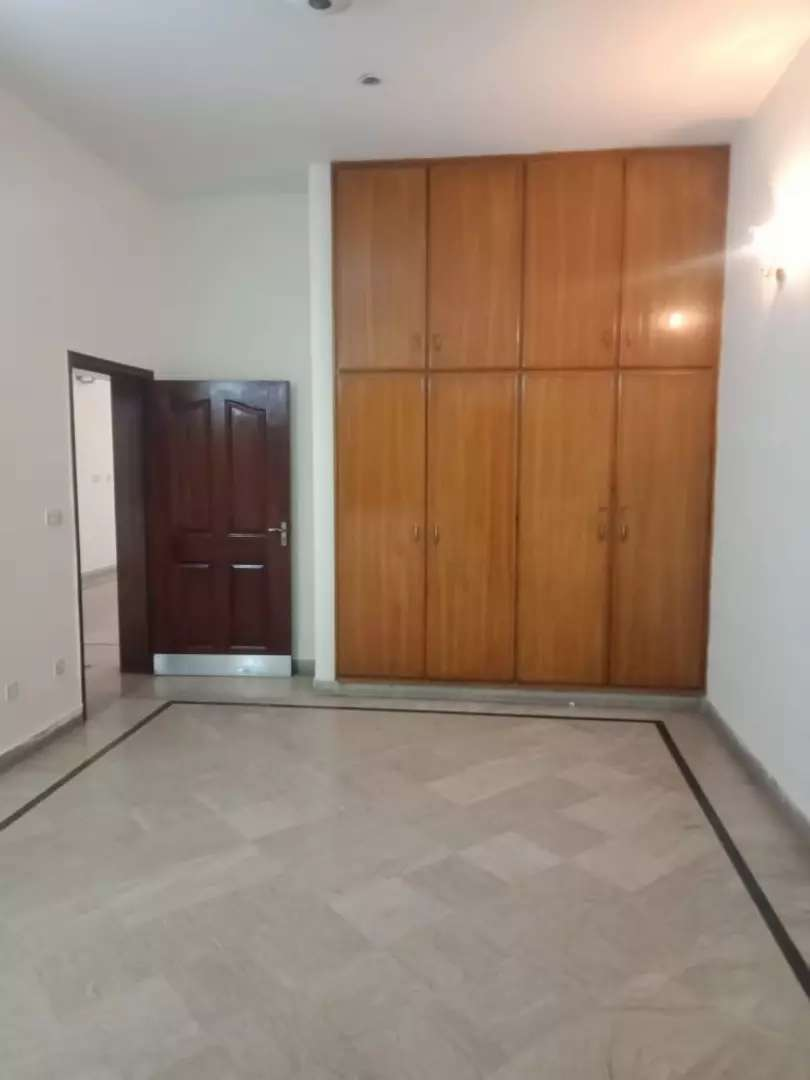 10 Marla Beautiful Portion For Rent in Allama Iqbal Town Lahore