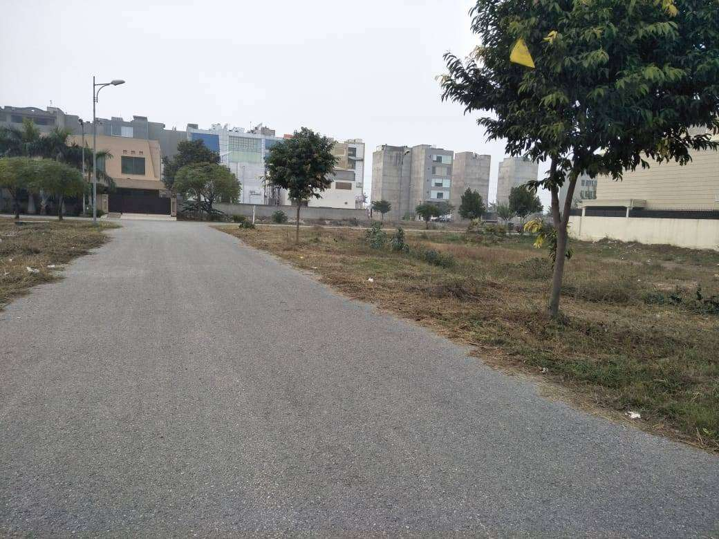 1 kanal Residential Plot For Sale in Phase-6 J-Block DHA Lahore