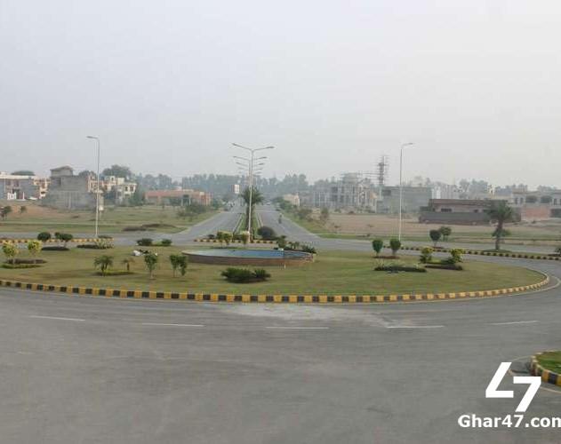 5 Marla Residential Plot Park View Gold Block Lahore