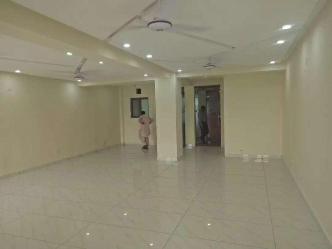 G-11 Islamabad 700 Sqft  