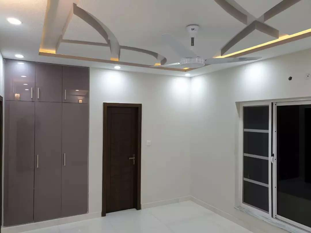 4 Marla Un Furnished Flat for rent in Bahria Phase4 Civic Center Rawalpindi