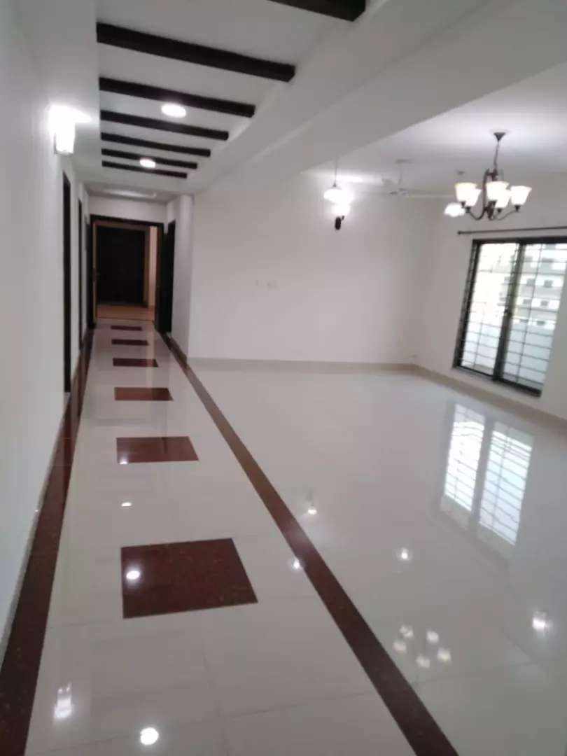 10 Marla 3 bedroom apartment for rent in DHA Phase 5 Lahore