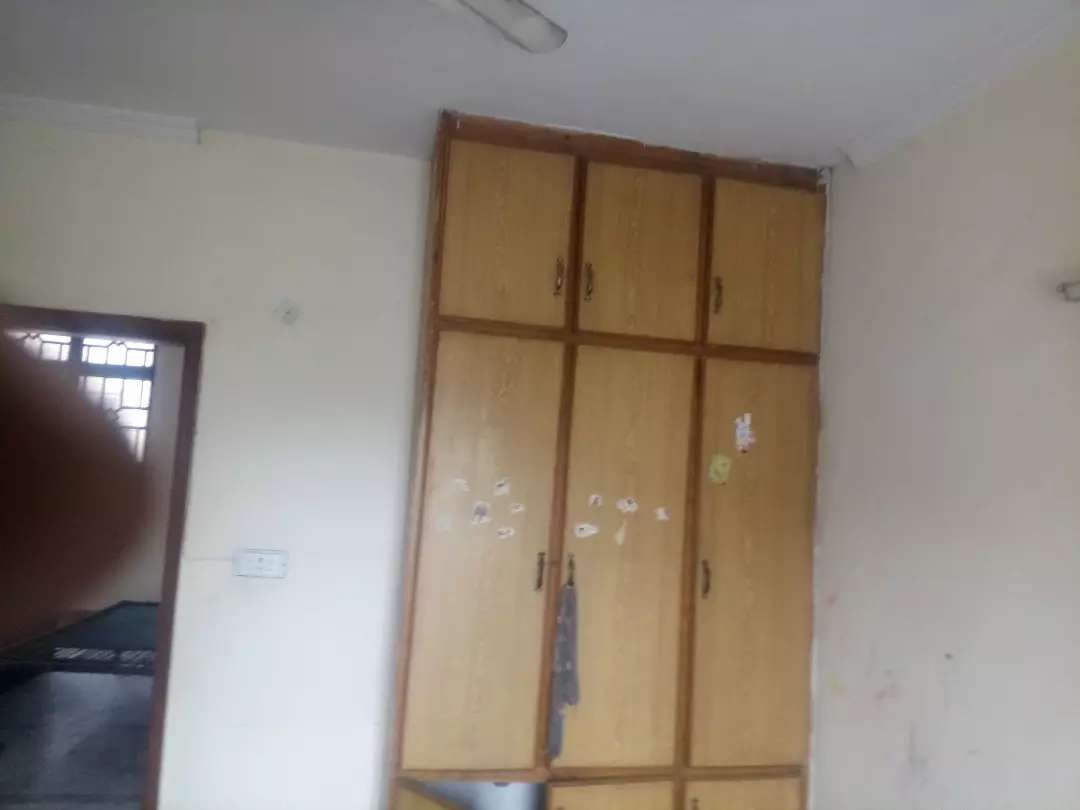 10 Marla lower portion for rent in Allama Iqbal Town Lahore