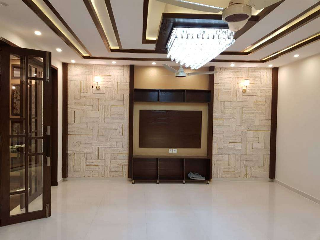 8 Marla House For Rent In Bahria Town Ali-Block Lahore