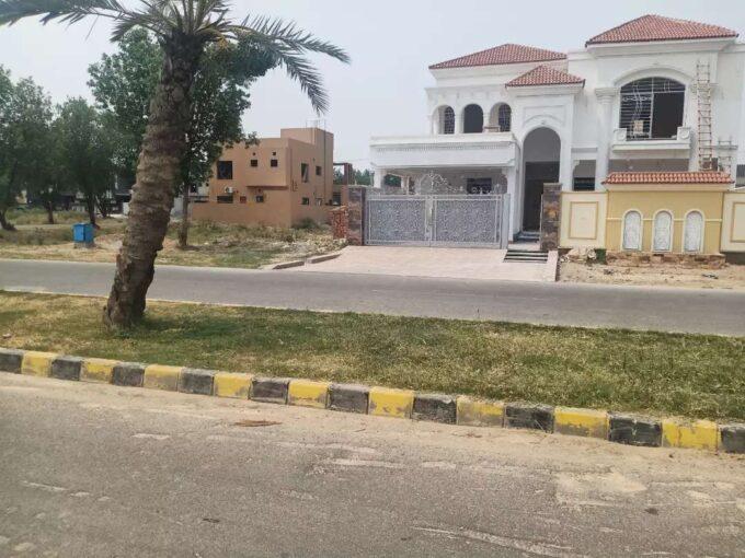 Khayaban-e-Amin Defence Road Lahore
