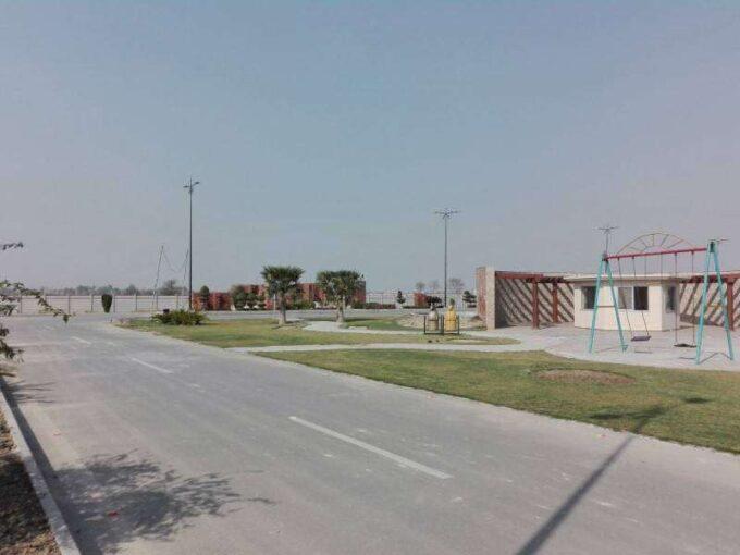 Satiana Road Faisalabad 15