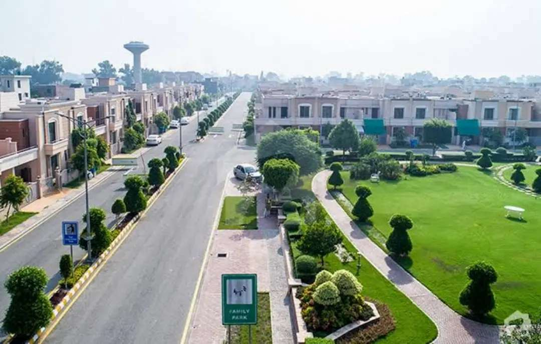 1350 Sq Ft Commercial Plot For Sale in Dream Gardens Phase-II Lahore