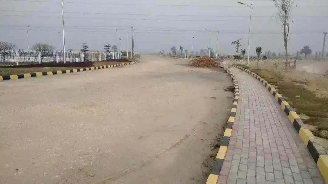 1 kanal Residential Plot available For Sale in Royal Homes Peshawar
