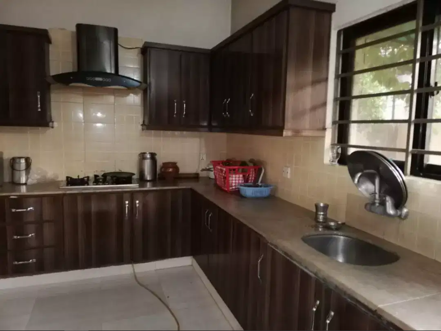 Owner Solid Build 5 Marla Home For Sale In Johar Town Lahore
