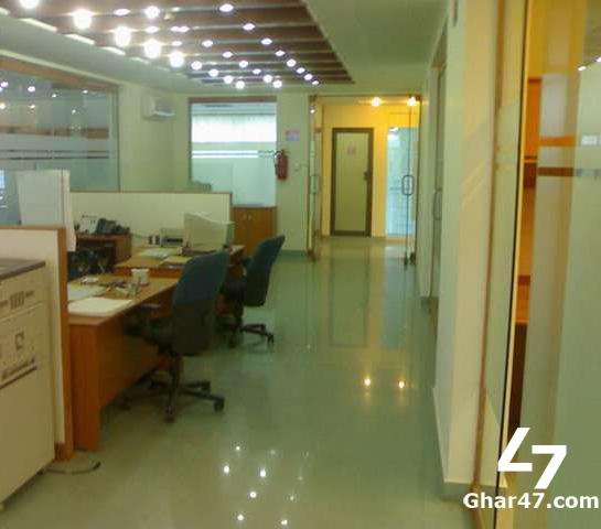 255 Sq Ft Office Main Boulevard Gulberg Lahore