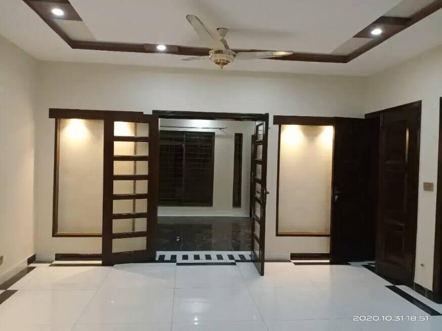 10 Marla Upper Portion For Rent Lahore