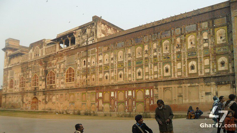Lahore Fort Historic Paint Wall Restoration