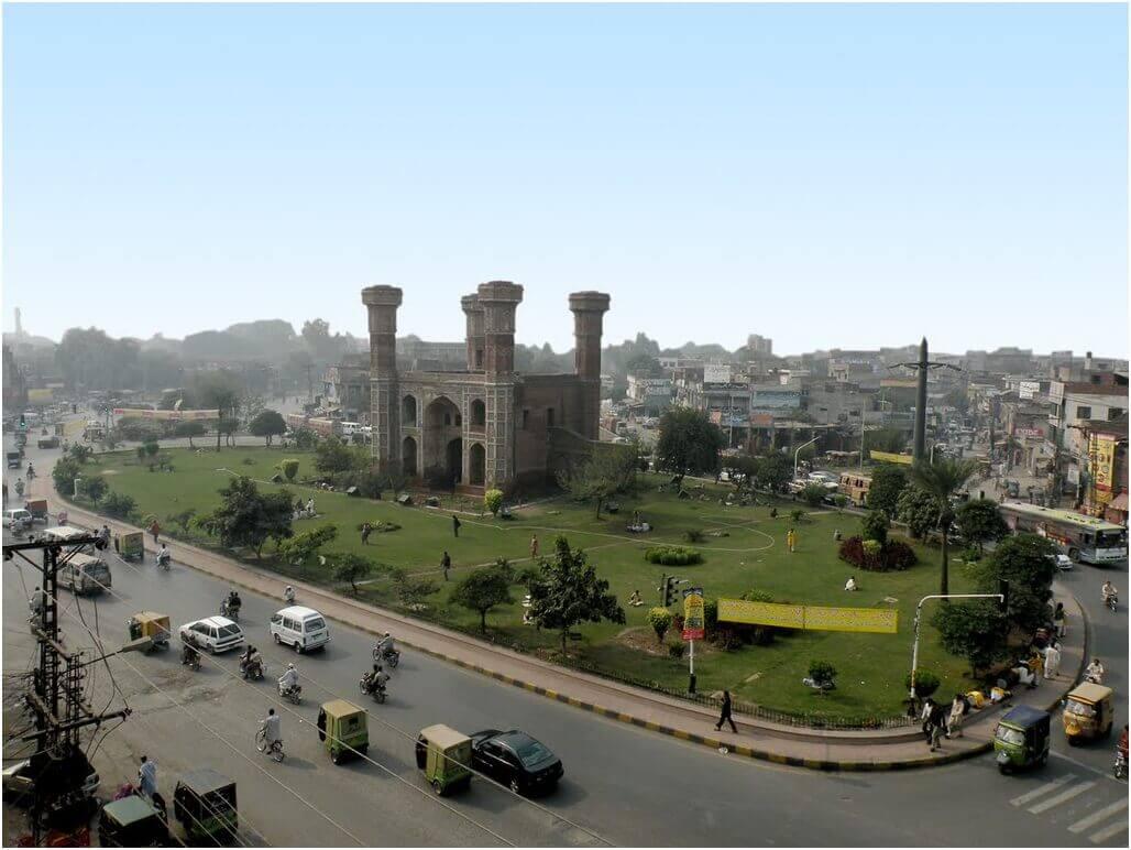 Chauburji Gate, Lahore